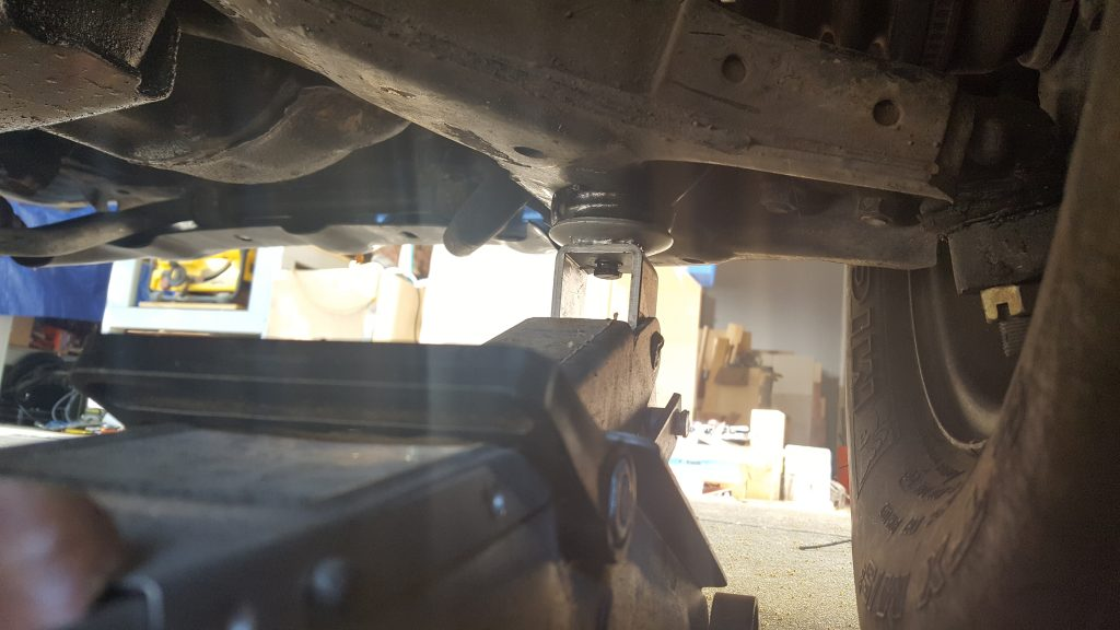 Swapping 1st Generation Isuzu Trooper Auto Locking Hubs